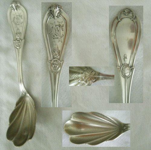 "Whiting ""Grecian"" (Ram's Head) Sterling Silver Shell Bowl Sugar Spoon"