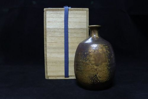 Yuichi Yamamoto Bizen Pottery Sake Bottle Tokkuri