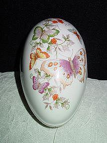 Butterfly Fantasy Porcelain Treasure Egg, Avon 1974