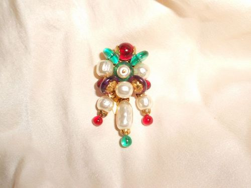 ** SOLD  *** Vintage French Gripoix Glass Dress Clip