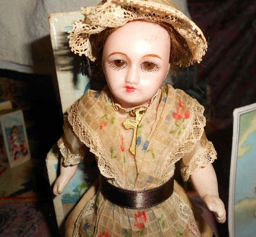 Antique French Unis France Mignonette Doll