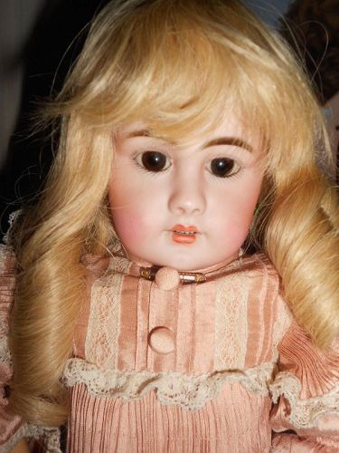 Antique 17� Simon and Halbig 939 Bebe Doll