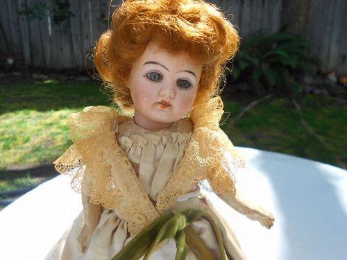 Adorable Fleischmann Bloedel 9/0 Bebe Doll