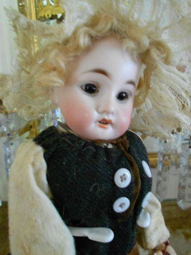 "Fleischmann and Blodel 12"" Fish Server Doll"
