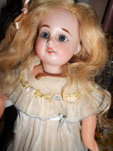 "Fleischmann and Blodel 13"" Walking Body Doll"