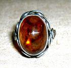 China. Old amber ring �波��