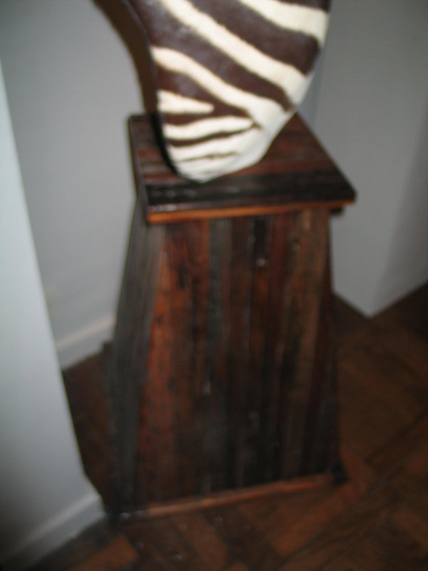 a burchell zebra on pedestal
