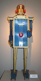 a display meccano robot from 1948 to 1954