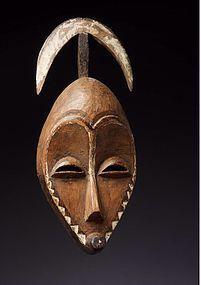 a wonderful pende mask ex dintenfass
