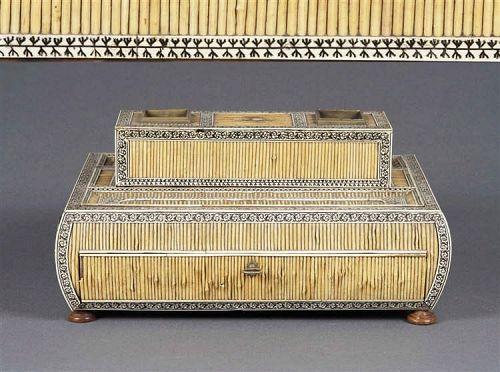 vizagapatam  anglo indian writing box,india
