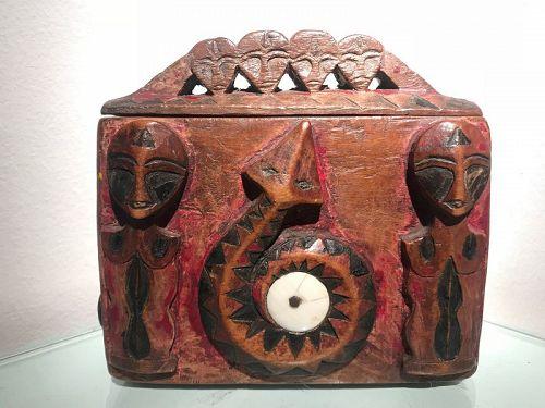 shaman divination box ,Paiwan Taiwan,rare