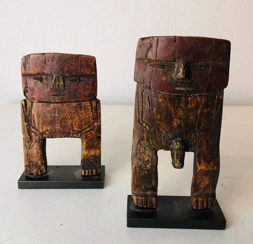 a chancay couple of figures ,Peru