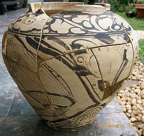 Chinese Cizhou Pottery Jar, Yuan Dynasty