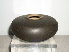 SONG/YUAN BLACK-GLAZED JAR