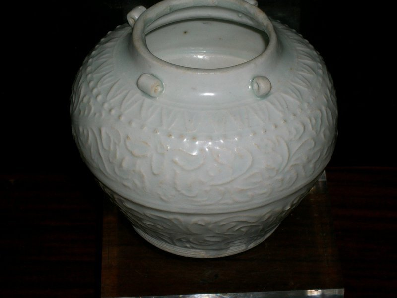 SONG/YUAN QINGBAI JAR WITH FOUR LUGS
