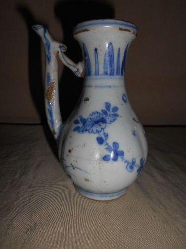 MING  BLUE & WHITE EWER