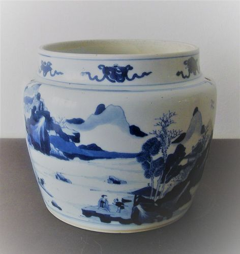 Chinese porcelain blue and white jar kangxi period
