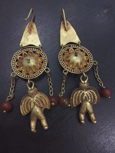 ANCIENT GOLD EARRING ROMAN