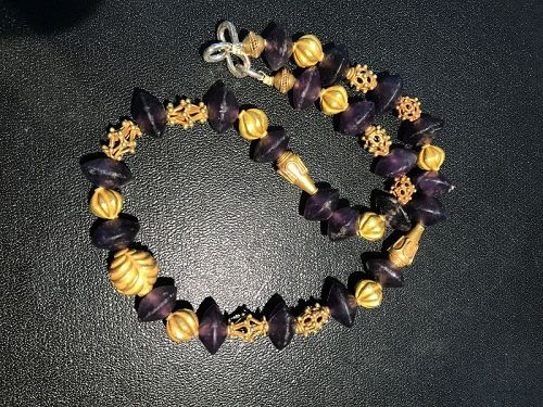 A Roman Amethyst Bead Necklace