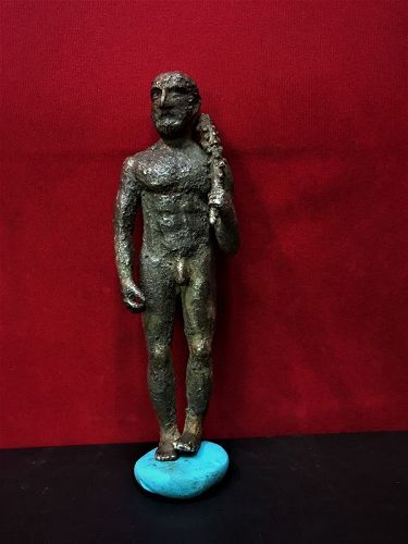 ancient greek warrior statue