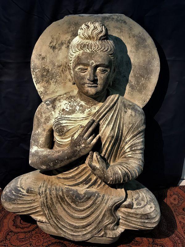 gandhara buddha sitting