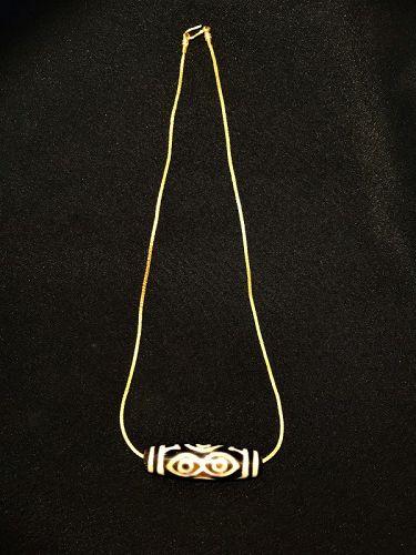 Ancient tibetan beads