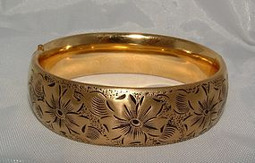 Art Deco Yellow Goldfilled Engraved Bangle Bracelet