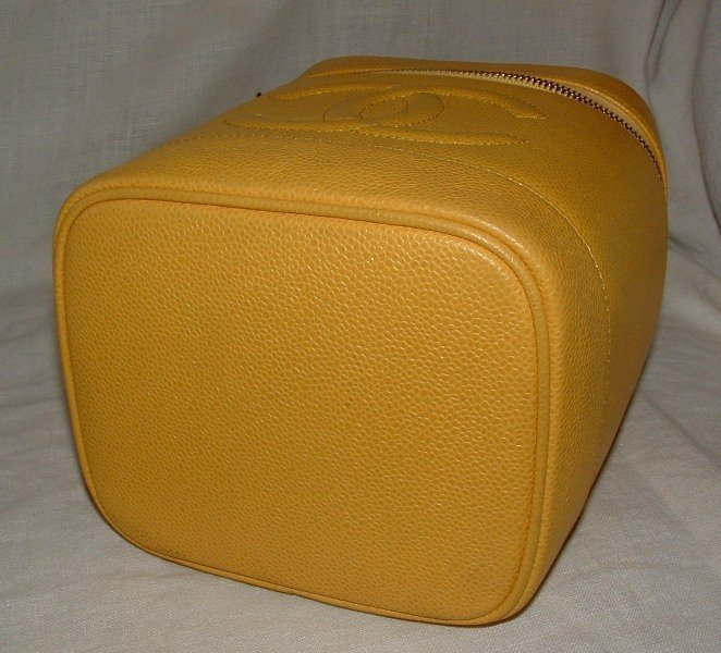 Authentc CHANEL Yellow Caviar Leather Cosmetic Case Bag