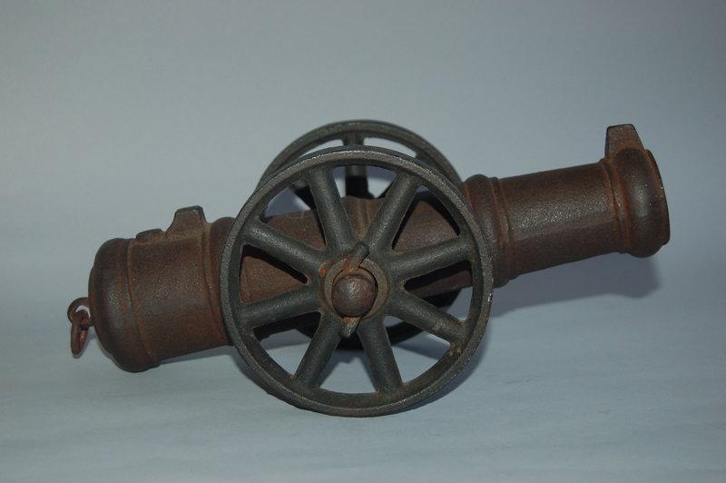 Cast iron miniature cannon, Japan, Satsuma, Meiji era
