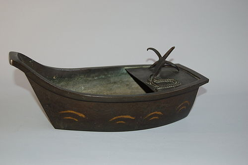 Ikebana vessel, boat, bronze, Japan, Edo period