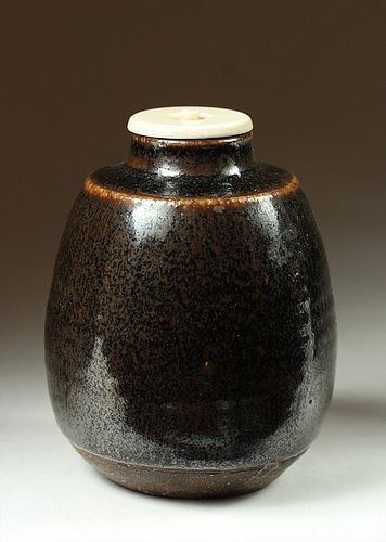 Stoneware chaire tea caddy, Shigaraki, Japan, ca 1800