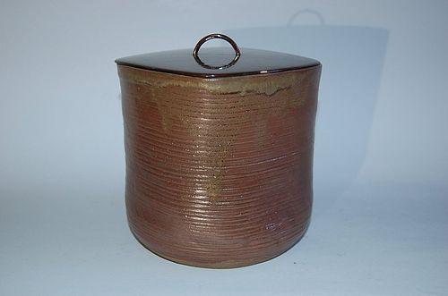 Mizusashi water jug, stoneware, Takatori, Japan 20th century