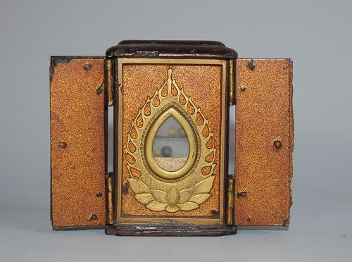 Small zushi reliquary, hand shrine, Japan 18th century or earlier