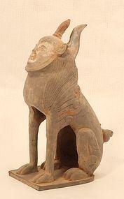 Han-Qin Dynasty pottery tomb guardian