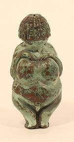 Ancient Venus of Willendorf type Grand tour Mother Goddess pendant