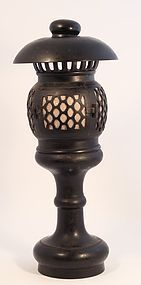 19th c Meiji Dynasty Bronze altar Temple Toro - Lantern in Bronze
