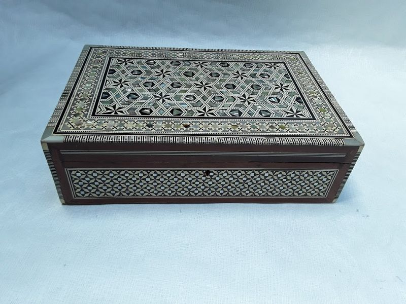 Hand made Syrian mop and bone inlaid jewelry box