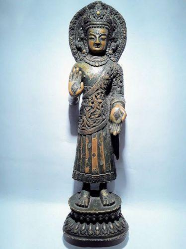 Nepal 16-18th C Copper silver Dipankara Buddha