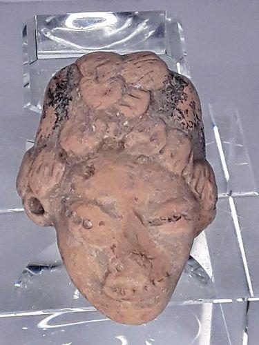 Mexican Pre Columbian Tlatilco Terracotta  female Head