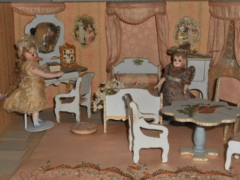 Miniature Doll House Chambre In Original Presentation Room Box Item