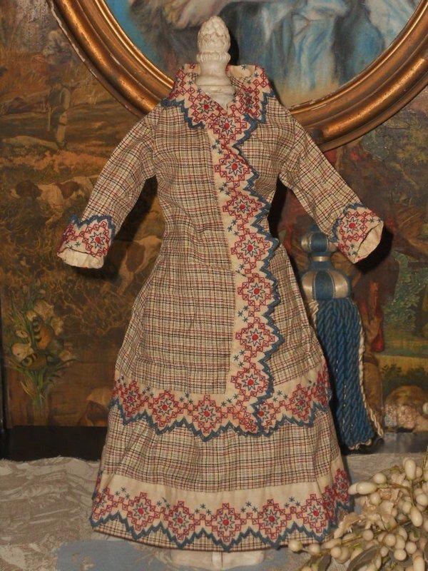 Pretty Early antique Poupee Cotton Gown