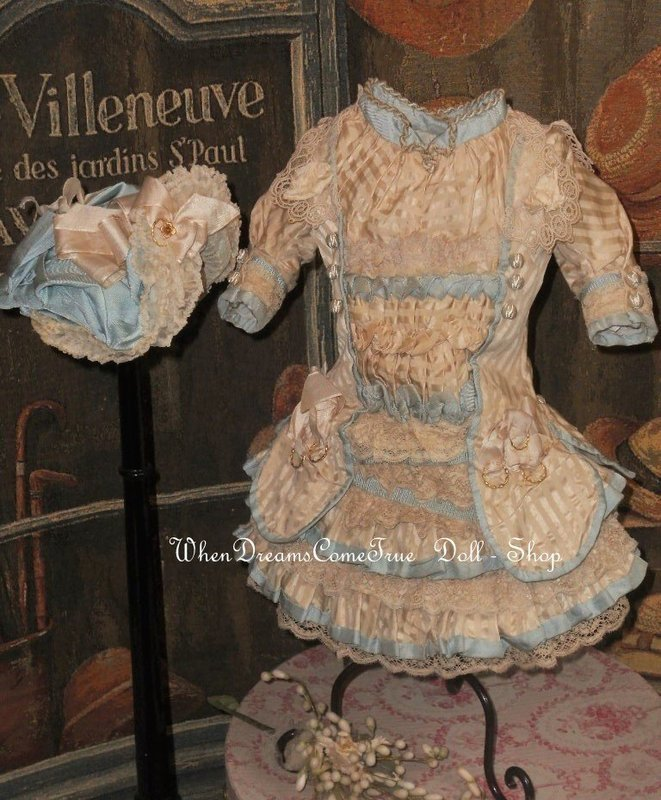 Elegant French Silk Bebe Costume with Bonnet