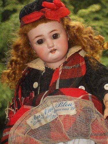 """~~~ Factory Original Bebe form """" Au Nain Bleu """" Paris Doll-Shop ~~~"""