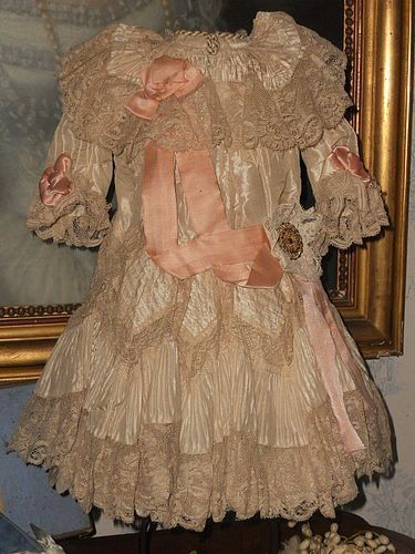 ~~~ Beautiful French Silk Bebe Gown size 11/12 Jumeau ~~~