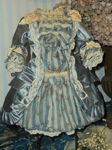 ~~~ Superb French Silk and Muslin Bebe Dress ~~~