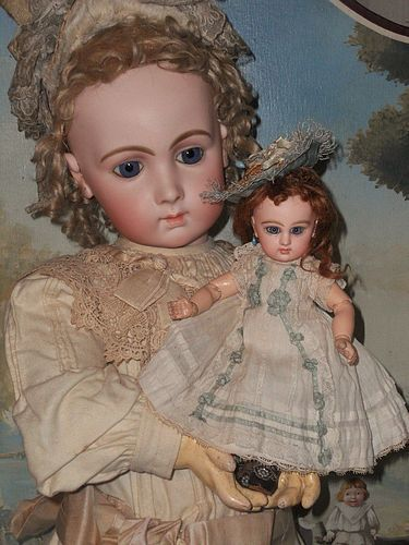 "Rare 9"" Size 1 Mademoiselle Jumeau in Pretty Antique Clothing"