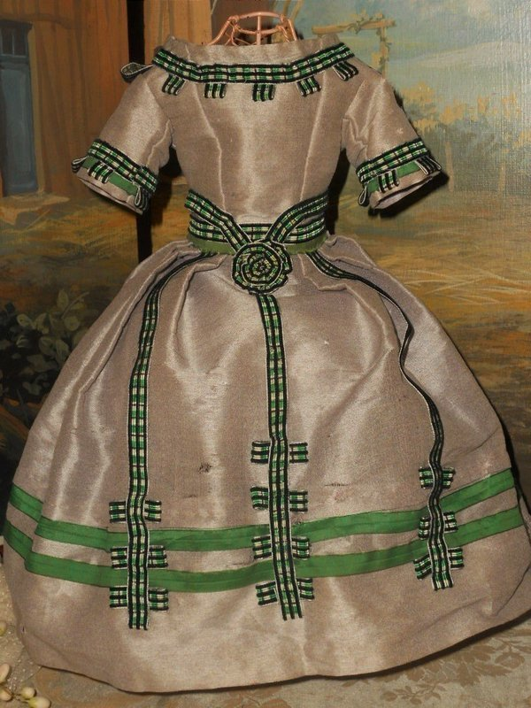 Splendid Silk Poupee Gown circa 1860 for Huret , Rohmer , Barrois ....