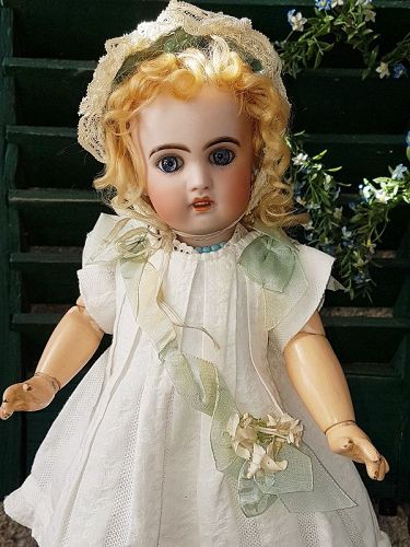 ~~~ Darling French Bisque Bebe Jumeau size 5 ~~~