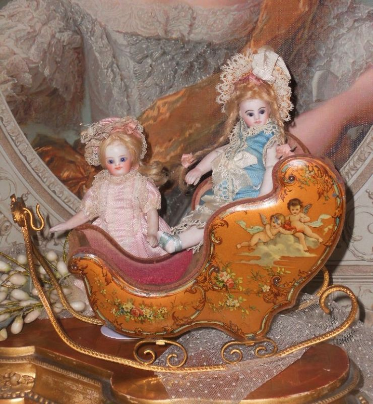 ~~~ Rare French Miniature Sleigh with Romantic Painted Scenes ~~~