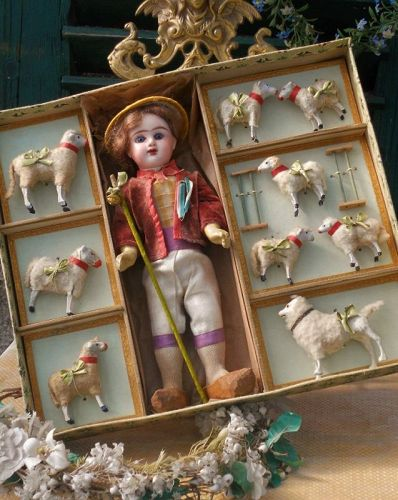 "~ Lovely "" Jolie Bergerie "" Presentation Box with Etrennes Catalog ~"